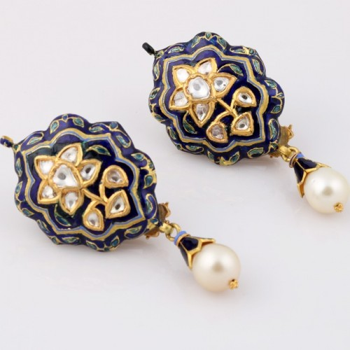 A Polki Diamond & Meenakari Ear Clip