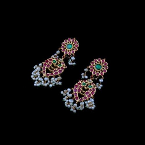 A Pair of Ruby & Panna Earring